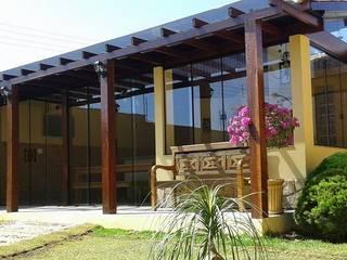 Sauna de style  par Richard Lima Arquitetura, Tropical