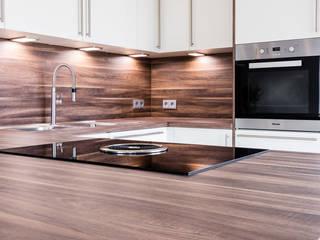 Classic style kitchen by BÖHM Interieur Classic