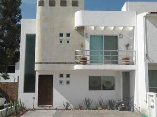 MILENIO III ALBORADA Casas modernas de URBANZA Moderno