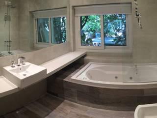 Baño Ramos Mejía Baños modernos de NG Estudio Moderno