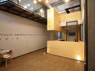 Boutique de Arquitectura (Sonotectura + Refaccionaria) ห้องทำงาน/อ่านหนังสือ