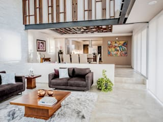Sala de estar y comedor Salones modernos de Constructora e Inmobiliaria Catarsis Moderno Madera Acabado en madera