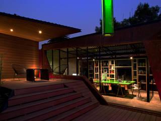 Oficina 3 Cruces: Terrazas de estilo  por Boutique de Arquitectura  (Sonotectura + Refaccionaria)