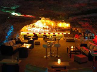 Restaurant Caverna del Alux Comedores rústicos de Arquinplaya Rústico