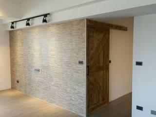 美式工業風輕裝潢:  客廳 by 登品空間規劃工程有限公司