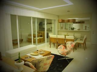 Apartamento residencial Vila Olímpia - Casa do ator - SP: Salas de estar  por tsmarquiteto,Moderno