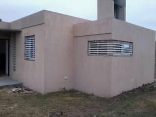 Casa Quinta en Ciudad de Roldán: Casas de estilo  por Arq. Gustavo Piazza & Asociados