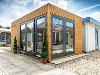 Contemporary Garden Room with integral storage de Garden Affairs Ltd Moderno