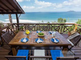 Patrícia Nobre - Arquitetura de Interiores Mediterranean style balcony, veranda & terrace Blue