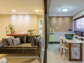 Residência Oliveira Salas de estar modernas por DM ARQUITETURA E ENGENHARIA Moderno