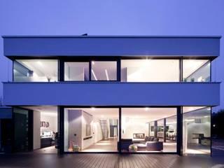 Einfamilienhaus:  Einfamilienhaus von Innenarchitektur und Kunst