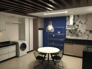 Apoio LP Varandas, alpendres e terraços modernos por Manuela Castro Arquitetura Moderno