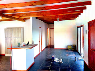 Mediterranean style bedroom by Constructora Milan Mediterranean