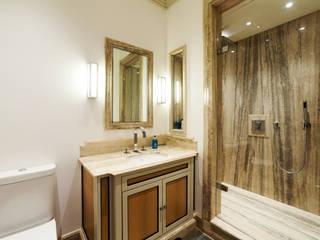 Chelsea Maisonette - London Banheiros modernos por Prestige Architects By Marco Braghiroli Moderno