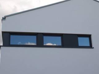 Neubau EFH Ratheim:  Fenster von ludebühl | architekten
