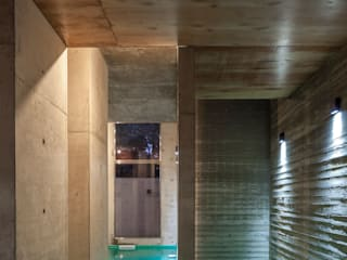 Ciudad y Arquitectura Minimalist pool