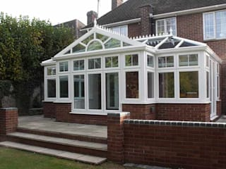 Combination Conservatories de Oakley Green Conservatories