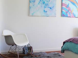 Suite Tangerinas & Pêssegos: Quartos  por Tangerinas e Pêssegos - Design de Interiores & Decoração no Porto