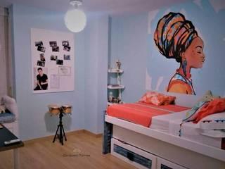 Dormitorio exótico con distintos ambientes:  de estilo tropical de CONSUELO TORRES, Tropical