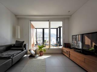 구기동 다세대주택 리모델링 모던스타일 거실 by 서가 건축사사무소 모던