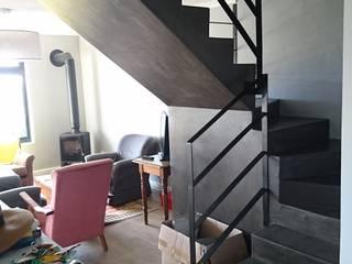 Salones de estilo  de Alex Jordaan Construction,
