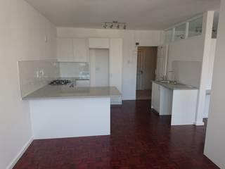 Alex Jordaan Construction Modern kitchen