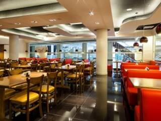 Restaurante Espaços gastronômicos modernos por Studio Marcelo Teixeira Moderno