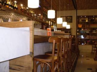 Lounge Bar | Box 32: Escritórios  por Fabiana Bez | Arquitetura Contemporânea