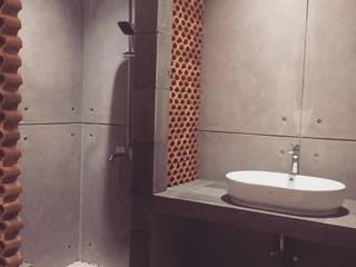 Konsep  kamar mandi Unfinished :  Kamar Mandi by Hanez