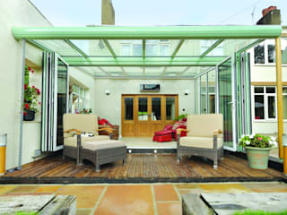 Bifoldiing Doors de Oakley Green Conservatories