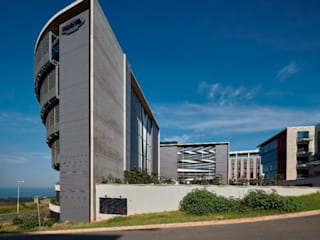 Ridgeview and Illovo Head Office by Elphick Proome Architects Minimalist