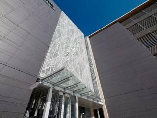 Complesso d'uffici in stile minimalista di Elphick Proome Architects Minimalista