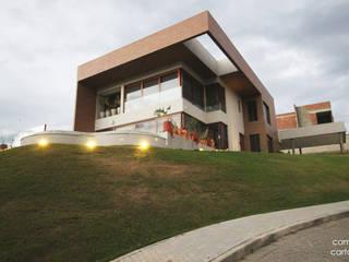 Casa 10 por Opus Arquitetura e Urbanismo Moderno