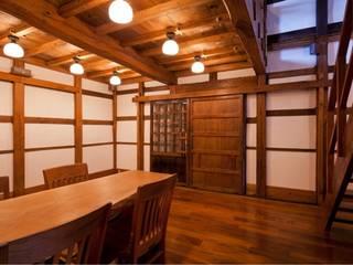 (有)クエストワークス一級建築士事務所 Classic style dining room