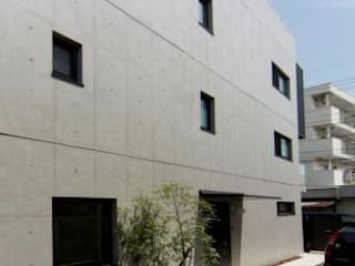 K邸: 隠れ家のある家: OLC JAPAN 一級建築士事務所が手掛けた家です。