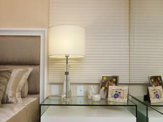 Danielle Valente Arquitetura e Interiores Modern Bedroom