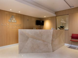 Danielle Valente Arquitetura e Interiores Clinics Wood White