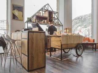 Espacios comerciales de estilo  por Hirukistudio, Industrial