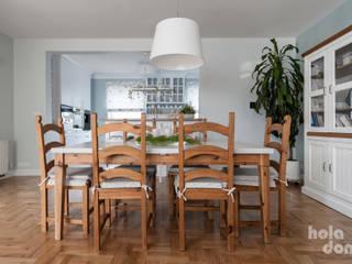 HOLADOM Ewa Korolczuk Studio Architektury i Wnętrz Skandinavische Esszimmer Holz Weiß