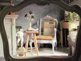 Atelier, scultura decorazione:  in stile  di Viviano Biagioni