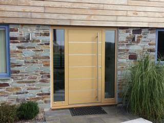 Portes d'entrée de style  par RK Door Systems
