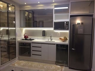 Built-in kitchens by MBdesign