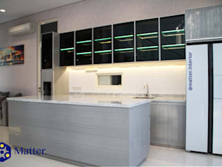 Minimalist kitchen by Matter Interior Minimalist