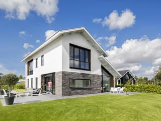 Modern woonhuis aan het water van BNLA architecten Modern