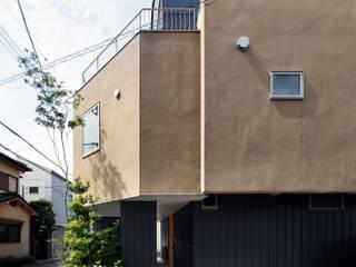山坂の家 の 樋口章建築アトリエ モダン