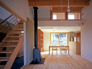 南つつじヶ丘の家【サークハウス】 北欧デザインの ダイニング の 樋口章建築アトリエ 北欧