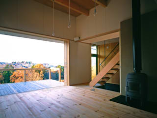 Living room by 樋口章建築アトリエ, Scandinavian