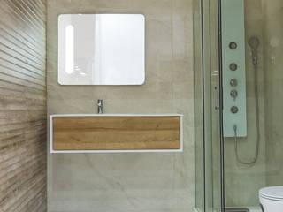 Proposta para Casa de Banho 5: Casas de banho  por Rubicer