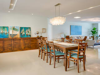 Dining room by Estúdio Pantarolli Miranda - Arquitetura, Design e Arte