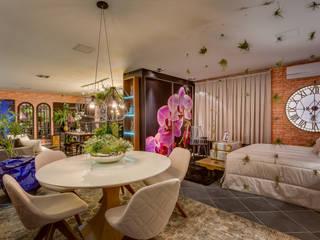 غرفة السفرة تنفيذ Estúdio Pantarolli Miranda - Arquitetura, Design e Arte